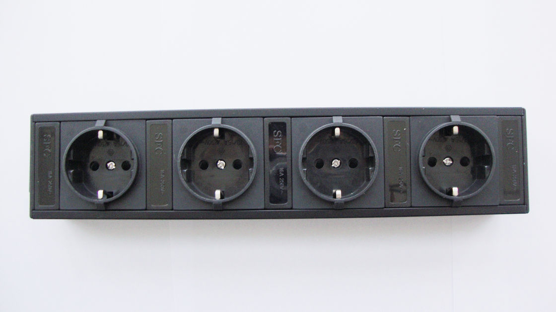 German 4 Outlets European Power Strip Bar With Line Attached Connector IEC 320
