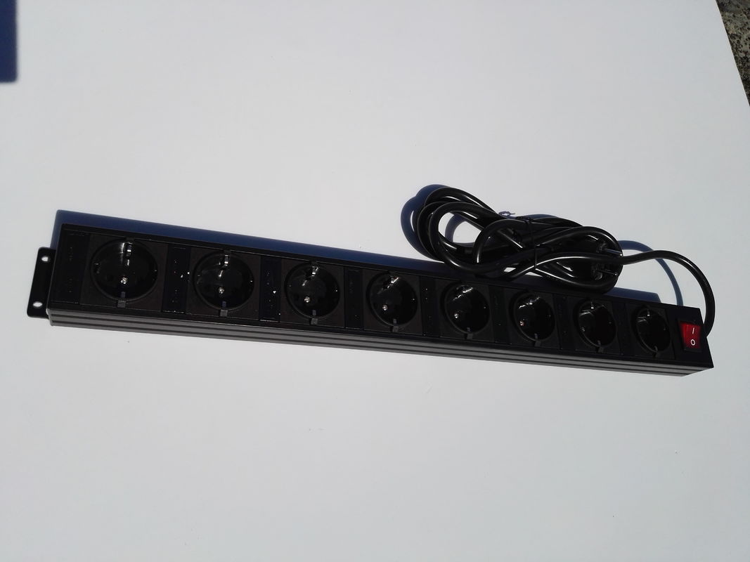 Germany Black 8 Outlet Power Bar With Extra Long Cord / Aluminum Housing Schuko Plug